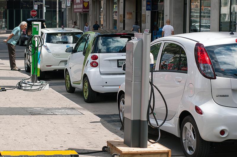 sistemas-de-recarga-coches-electricos-administraciones-publicas